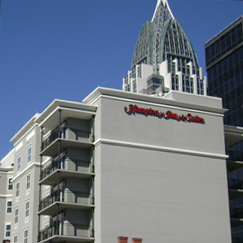 Hampton Inn & Suites</br>Mobile, AL (side view)